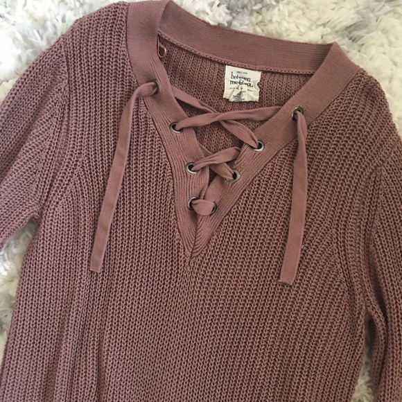 e0383d302 Mauve Lace Up Sweater. M 5b8d79c29264afda3c1284d5